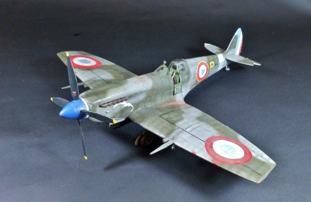 "Spitfire Mk IX e Revell 1/32 + décals Tamiya 1/4  ""Dauphine "" - Page 6 7711"