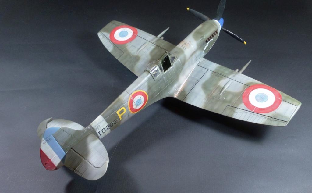 "Spitfire Mk IX e Revell 1/32 + décals Tamiya 1/4  ""Dauphine "" - Page 6 7811"