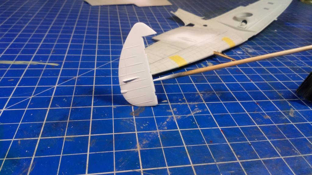 "Spitfire Mk IX e Revell 1/32 + décals Tamiya 1/4  ""Dauphine "" - Page 2 Dsc_0024"