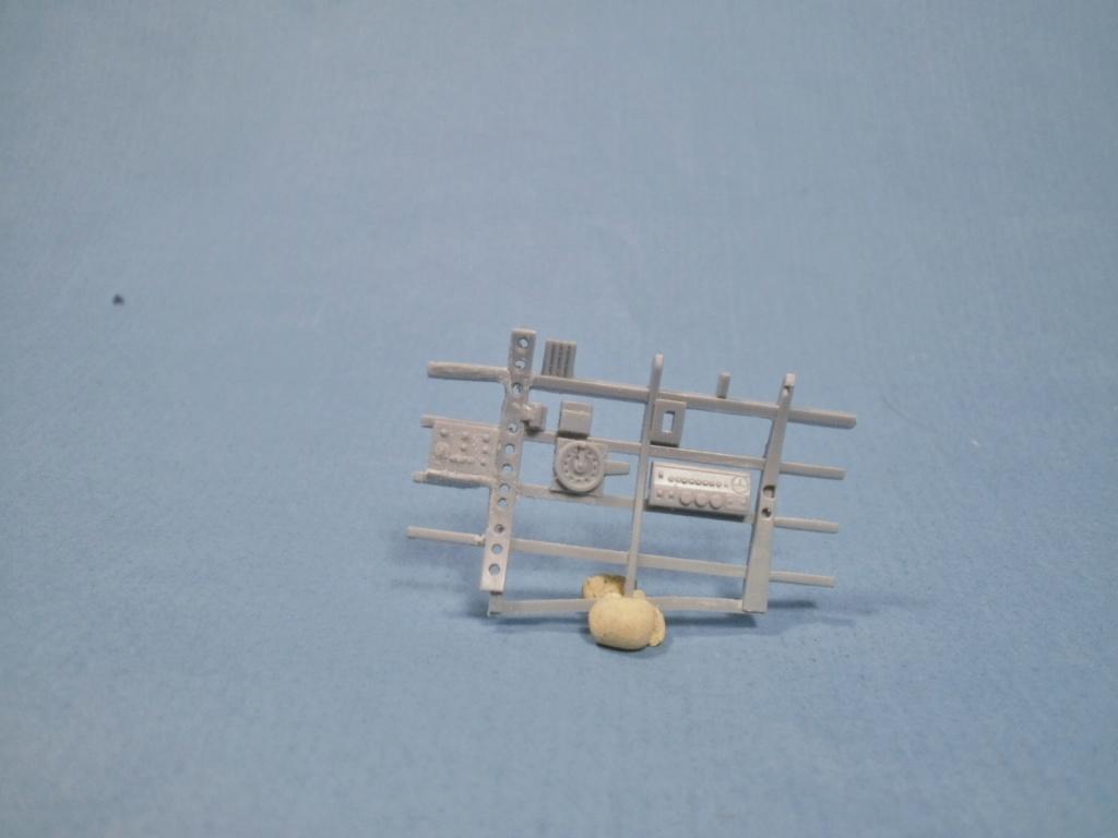 A6M5c Zero Hasegawa 1/32 - Page 4 P1160015