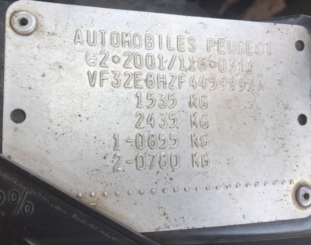 Comment connaître la motorisation de ma 206? A3b9ef10