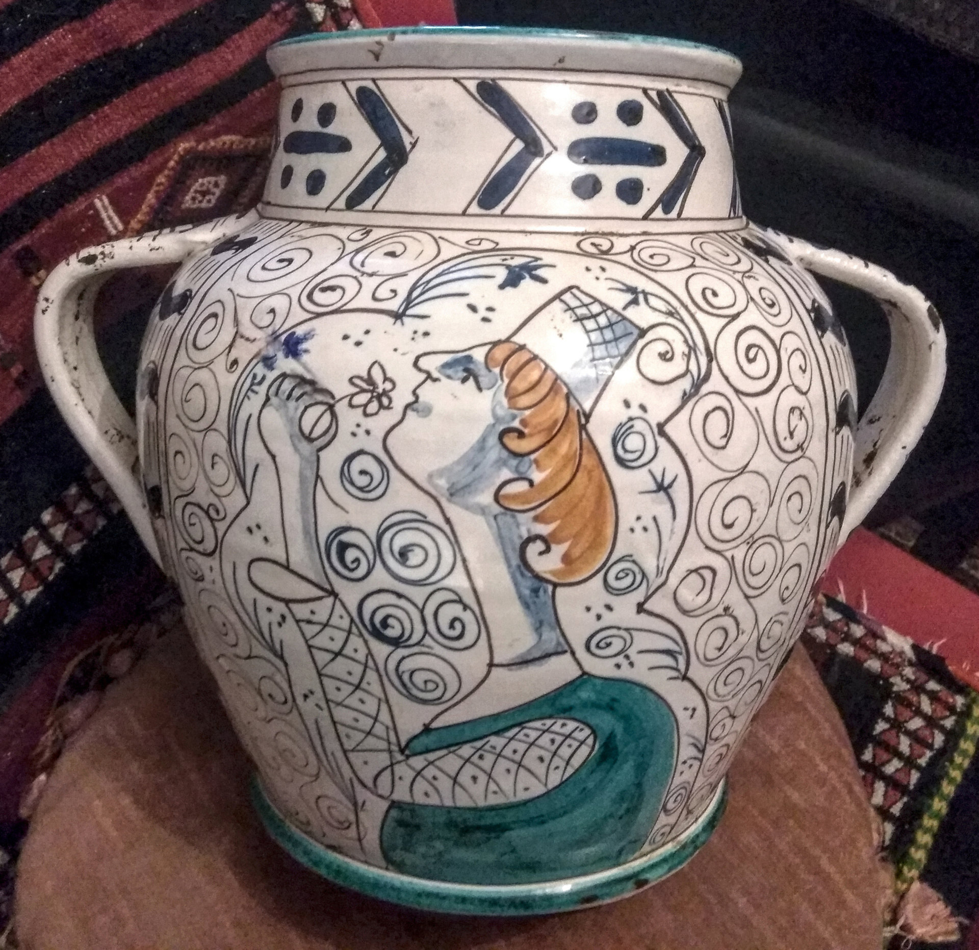 Help ID italian pottery double handle vase Front_10