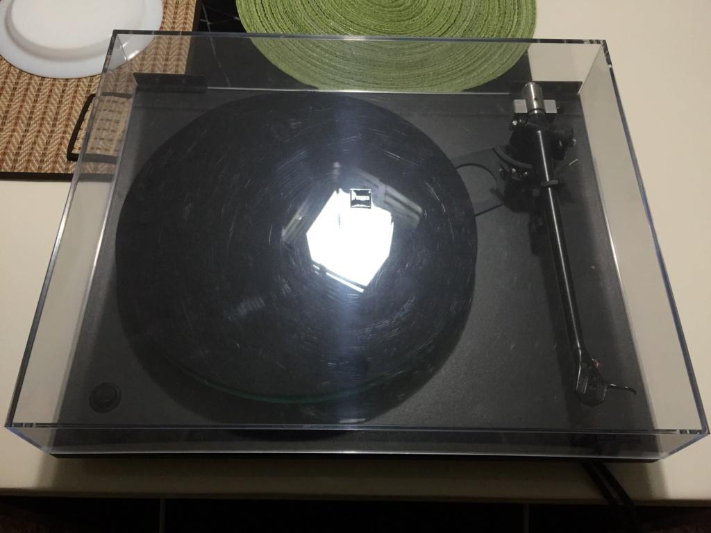 Rega RP3 turntable E3640b10