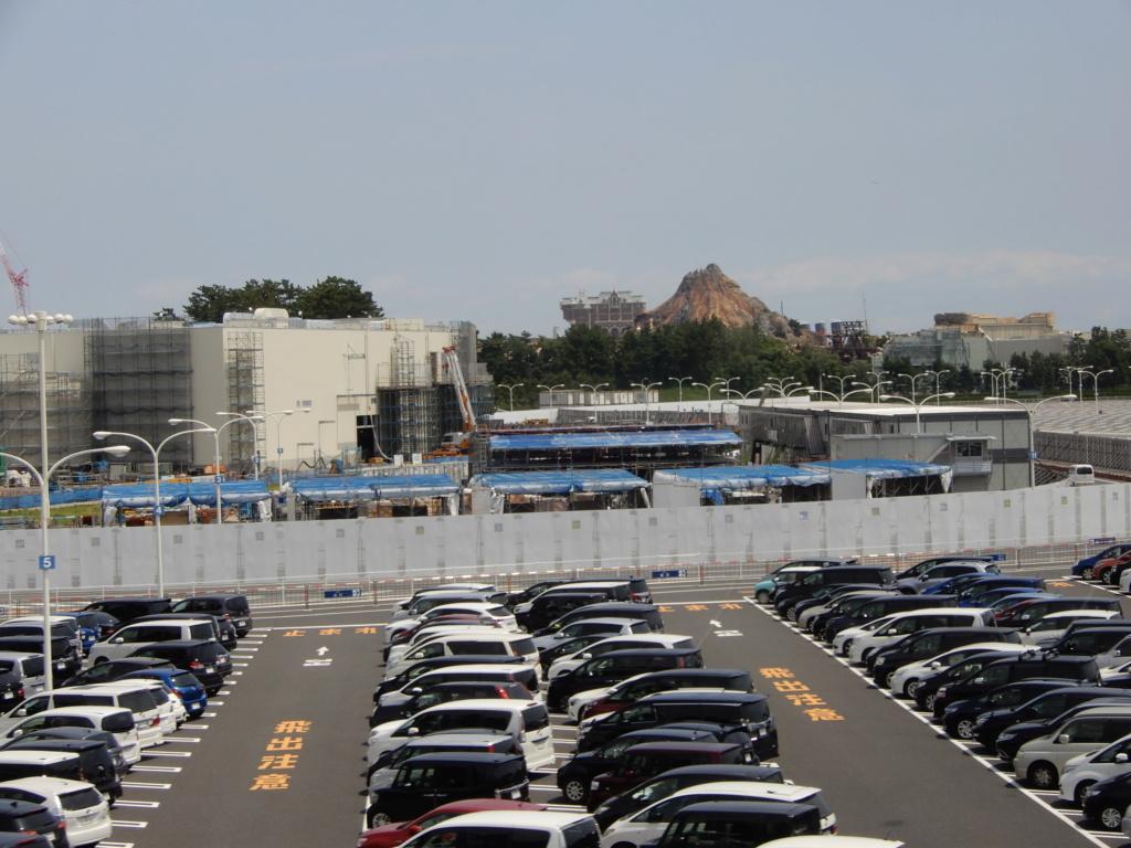 [Tokyo Disneyland] Nouvelles attractions à Toontown, Fantasyland et Tomorrowland (15 avril 2020)  - Page 5 Dscn0426