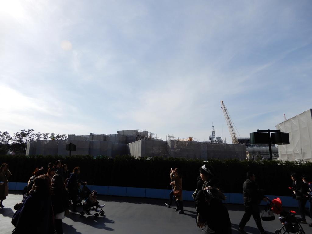 [Tokyo Disneyland] Nouvelles attractions à Toontown, Fantasyland et Tomorrowland (15 avril 2020)  - Page 7 Dscn3713