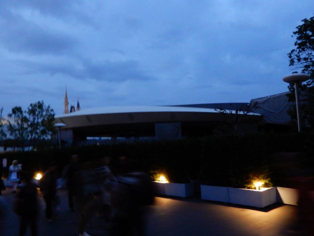 [Tokyo Disneyland] Nouvelles attractions à Toontown, Fantasyland et Tomorrowland (28 septembre 2020)  - Page 7 Dscn7523