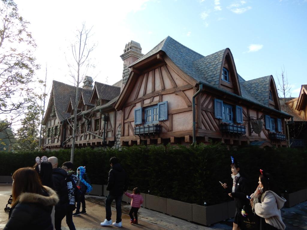 [Tokyo Disneyland] Nouvelles attractions à Toontown, Fantasyland et Tomorrowland (28 septembre 2020)  - Page 7 Dscn8415