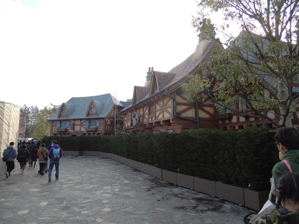 [Tokyo Disneyland] Nouvelles attractions à Toontown, Fantasyland et Tomorrowland (28 septembre 2020)  - Page 7 Dscn8432