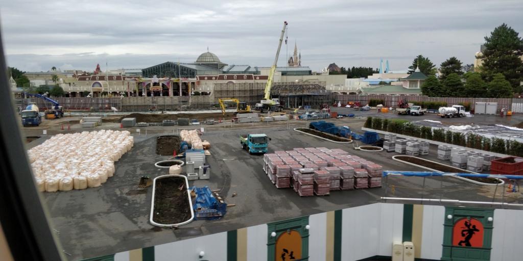 [Tokyo Disneyland] Rénovation de la Séquence d'Entrée Img_2020