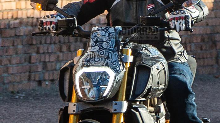 Diavel 1260 Ducati11