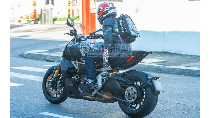 Diavel 1260 Ducati13