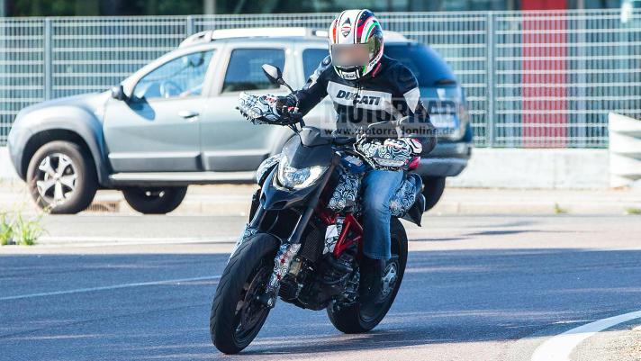 Hypermotard 950 2019 Ducati17