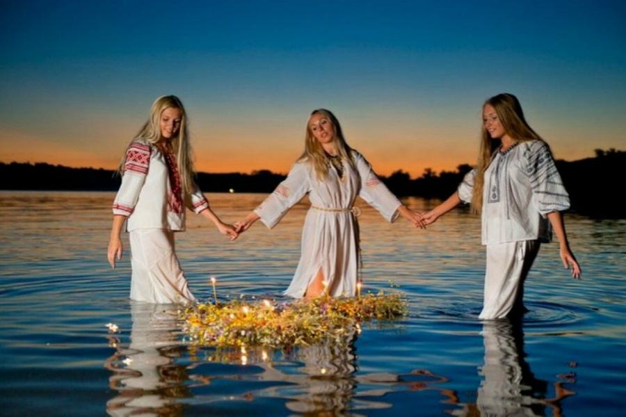 С прекрасным праздником Midsummer (Лита) !!! R8j-su10