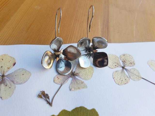 Boucles d'oreilles fleur d'Hortensia 20181010