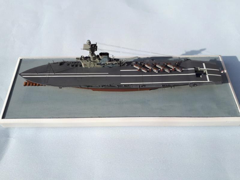 HMS HERMES 1/700 Flyhawk +Leds 01115