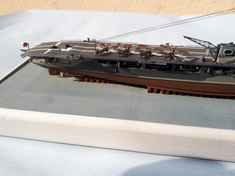 HMS HERMES 1/700 Flyhawk +Leds 01515
