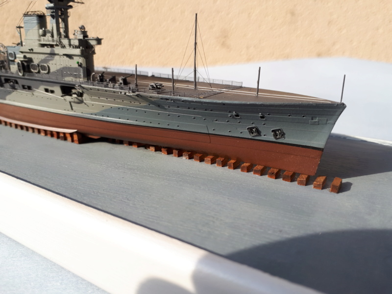 HMS HERMES 1/700 Flyhawk +Leds 01814