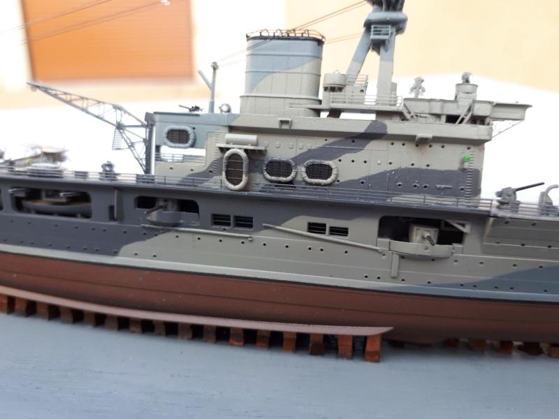 HMS HERMES 1/700 Flyhawk +Leds 02516