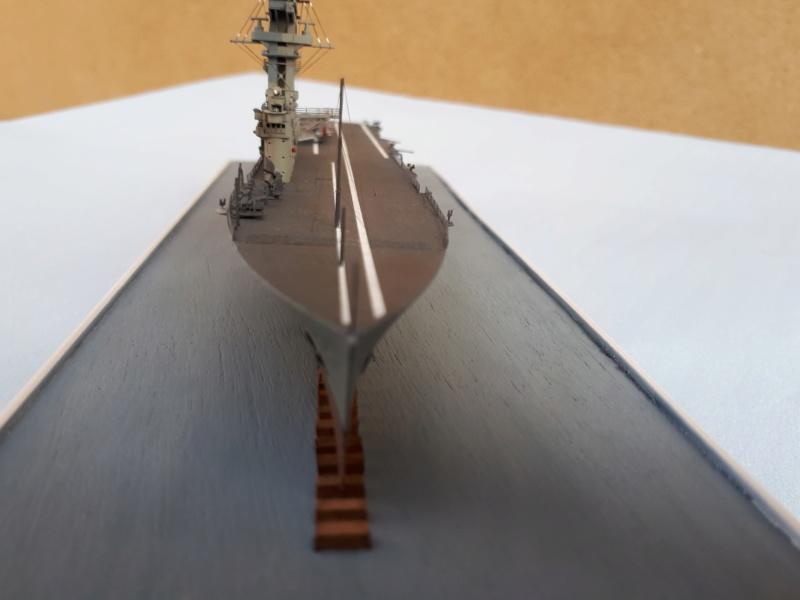 HMS HERMES 1/700 Flyhawk +Leds 02812