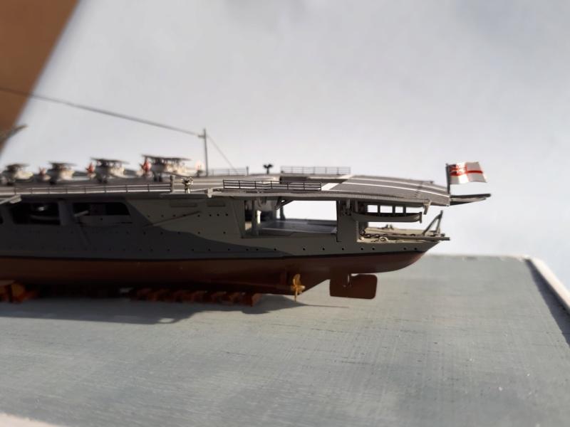 HMS HERMES 1/700 Flyhawk +Leds 03312