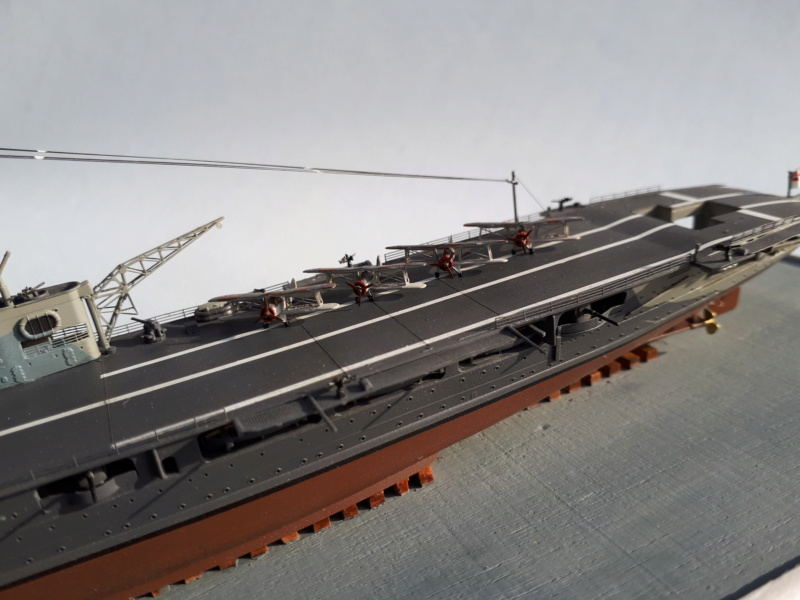 HMS HERMES 1/700 Flyhawk +Leds 03512