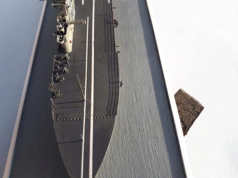 HMS HERMES 1/700 Flyhawk +Leds 04012