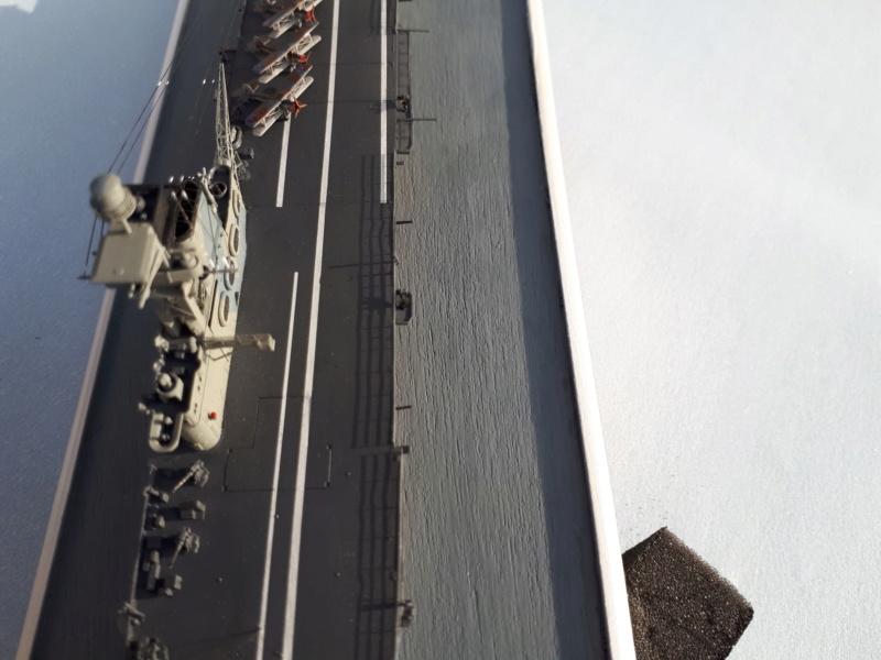 HMS HERMES 1/700 Flyhawk +Leds 04111
