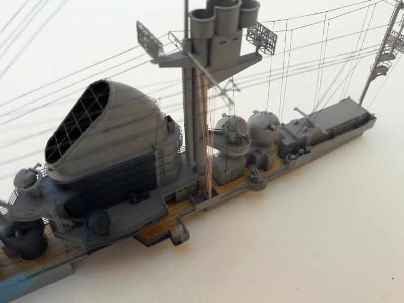 PA DKM Graf Zeppelin PE Pont en bois 1/350 - Page 3 20180733