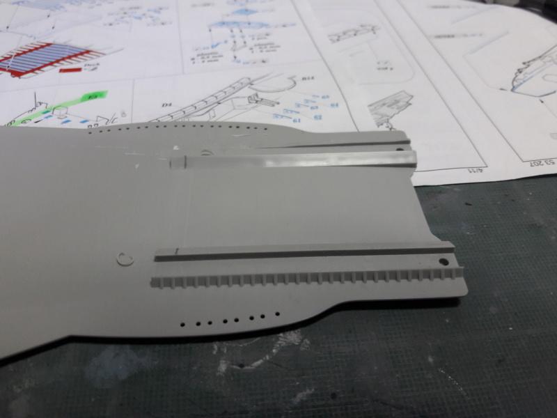 PA DKM Graf Zeppelin PE Pont en bois 1/350 - Page 4 20181511