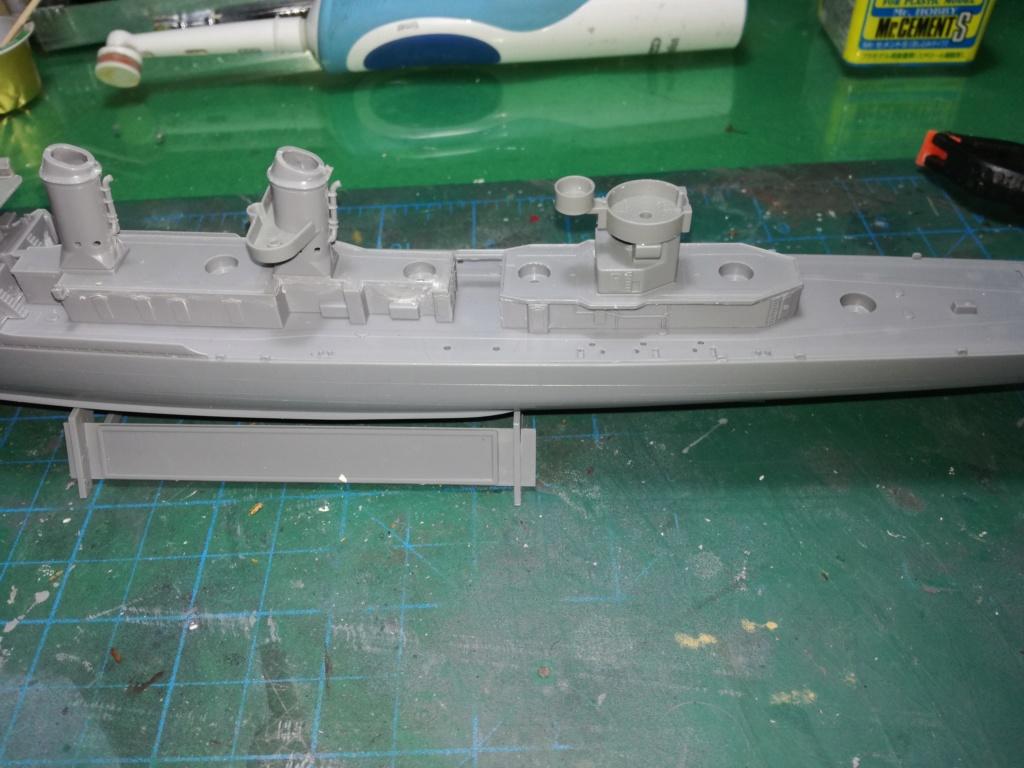 Tamiya 1/350 DD445 Fletcher Class Destroyer Img_2035