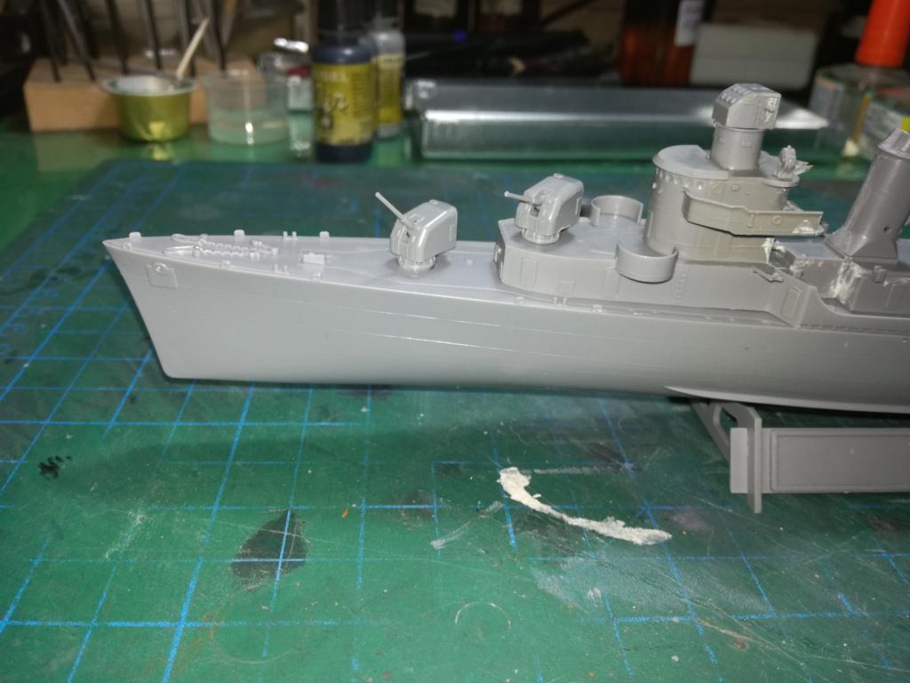 Tamiya 1/350 DD445 Fletcher Class Destroyer Img_2044