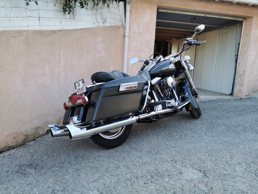 Road King uniquement, combien sur Passion-Harley  - Page 30 Img_2013