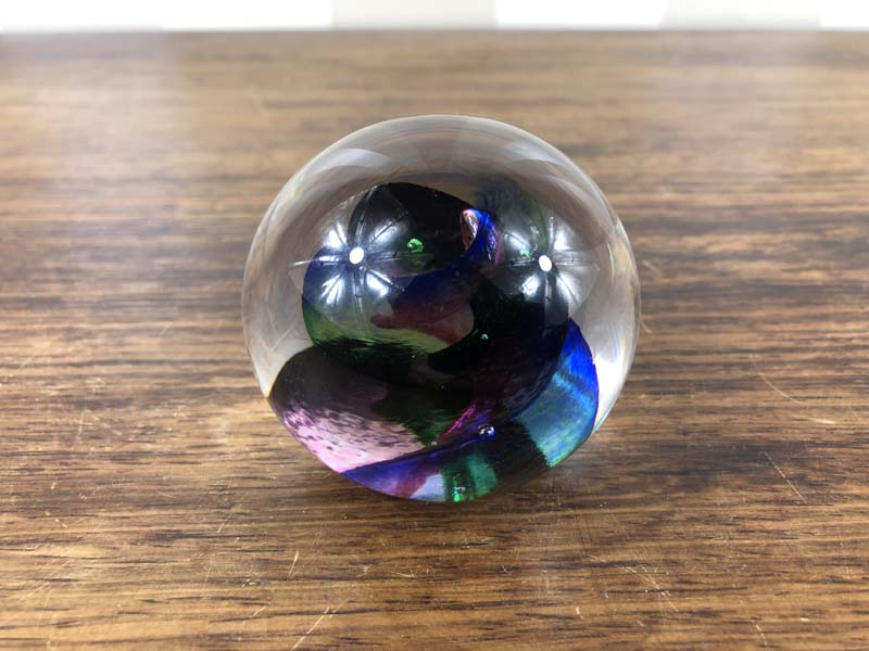 Signed & Dated Glass Paperweight Identification Paperw10