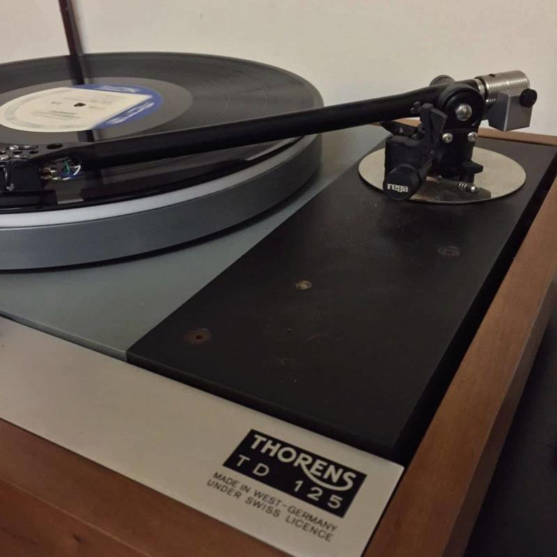 Thorens td125 mk2 with rb301 tonearm Receiv10