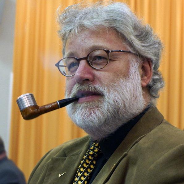 16 avril, les secrétaires aiment la pipe. Geert-10
