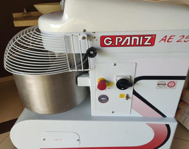 Vendo Masseira G Paniz Ae-25 Monof. 220v 2 Velocidades Muito Nova Img_2017