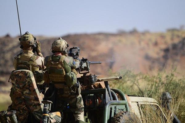 Drones au Sahel. Eux aussi ? 2erep-10