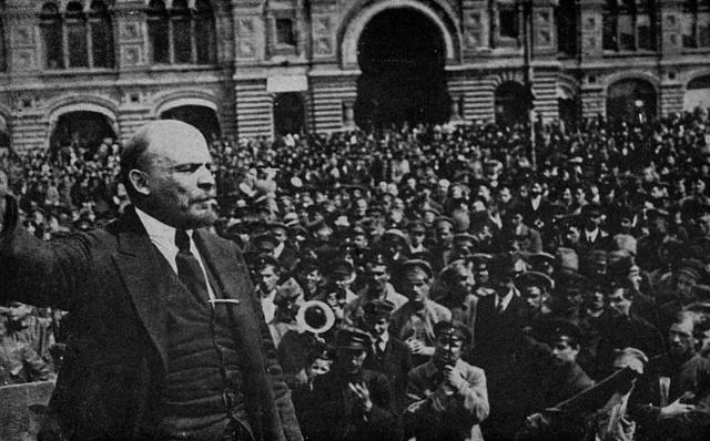 6 novembre 1917 : La Révolution d'Octobre 800px-10