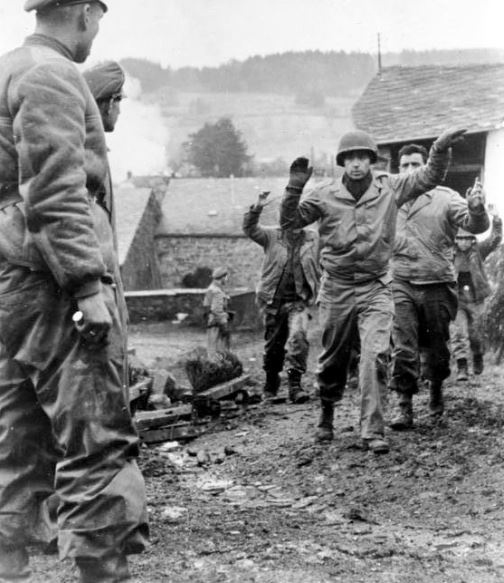 16 décembre 1944 La contre offensive des Ardennes Ardenn10