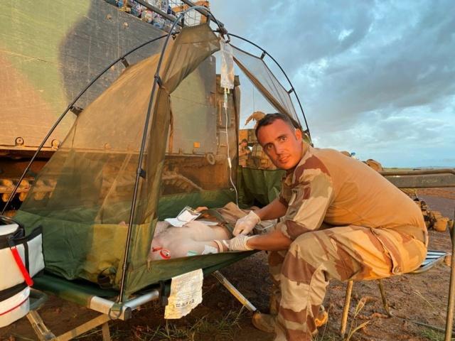 Barkhane : Soins médicaux  Med210