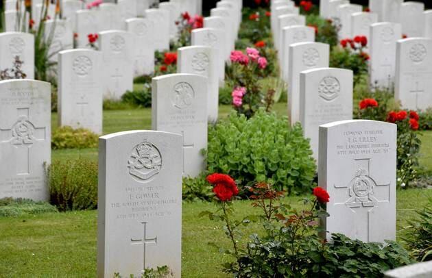 Un vétéran anglais enterré clandestinement à Cambes-en-Plaine ! Mjaymd13