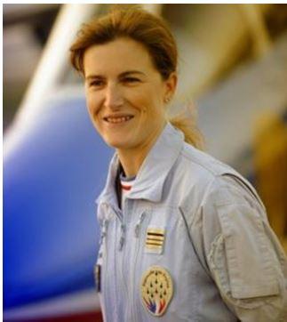 Virginie Guyot, leader de la Patrouille de France en 2009  Sg10