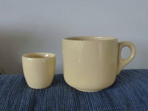 Ambrico egg cup? P1180117