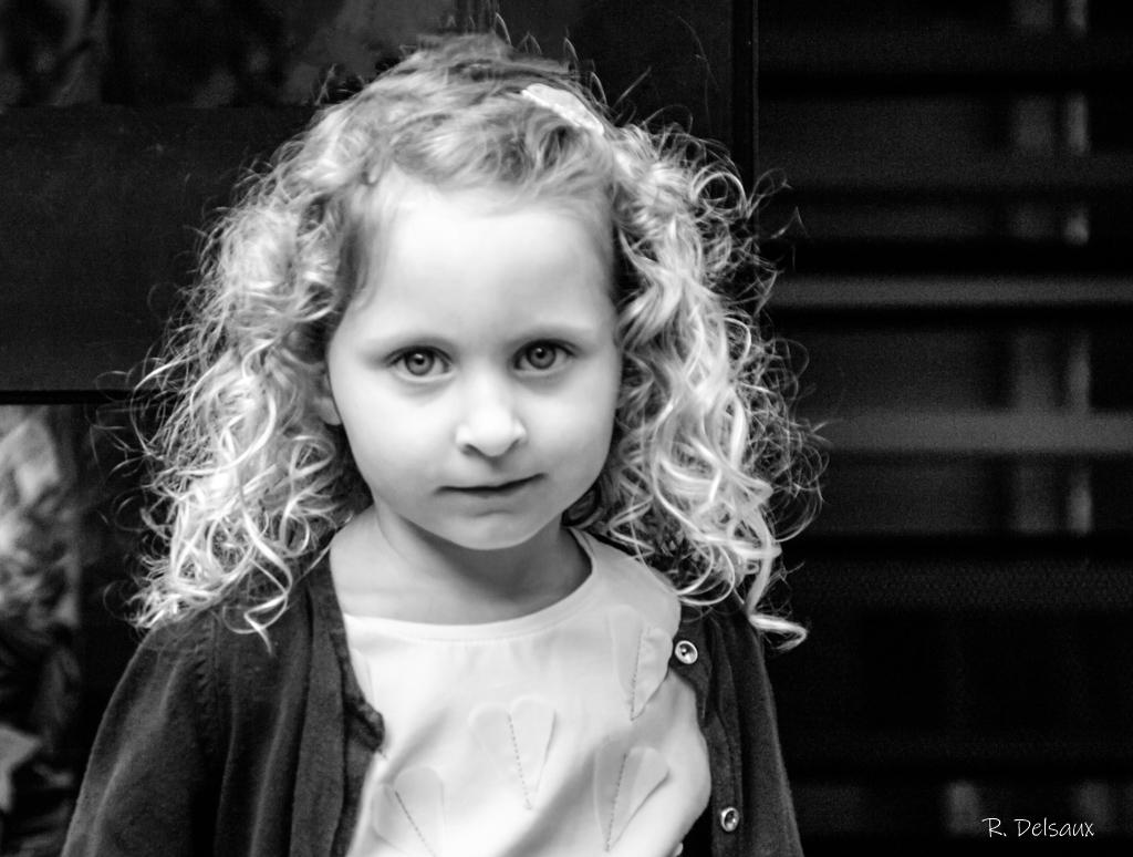 Portraits enfants / bébés - Page 25 Imgp0112