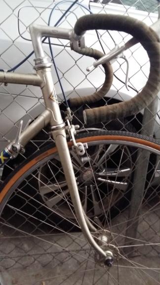 Comment identifier un modèle de vélo Eddy Merckx 20200415