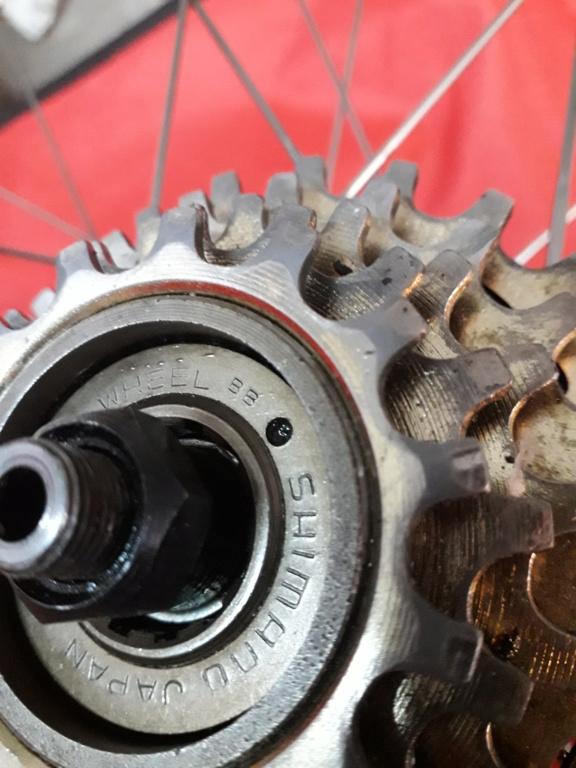 Comment identifier un modèle de vélo Eddy Merckx - Page 2 20200440