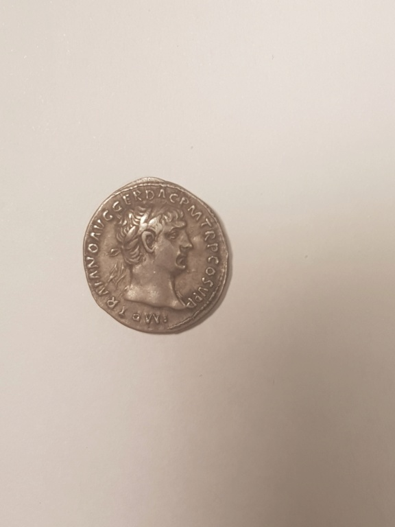 Denario de Trajano. SPQR OPTIMO PRINCIPI. Emperador coronado por victoria. Roma 15875210