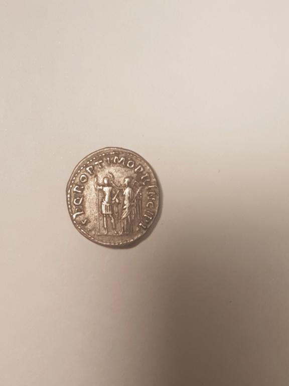 Denario de Trajano. SPQR OPTIMO PRINCIPI. Emperador coronado por victoria. Roma 15875211