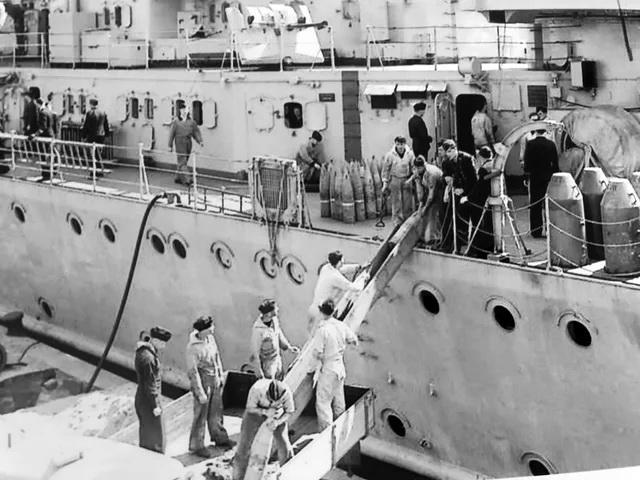 Croiseurs allemands - Page 5 Pe_cop10