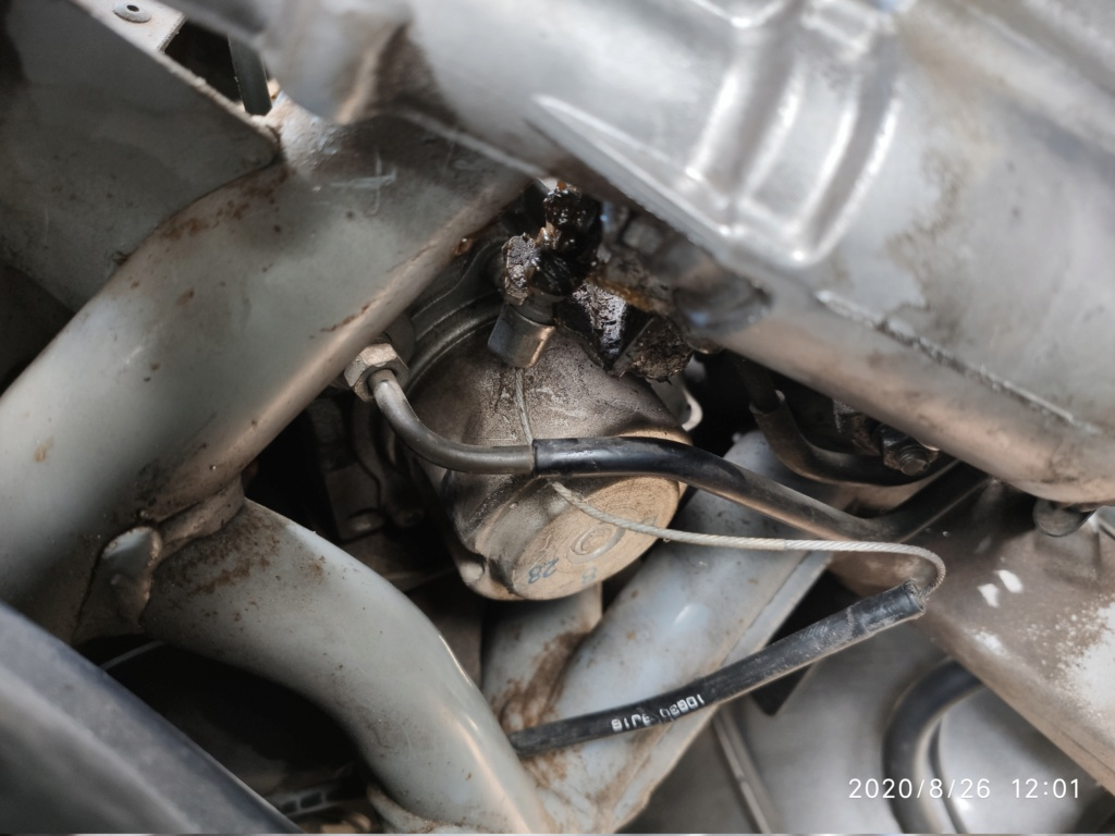 Problème ouverture de selle Burgman 650 Img_2011